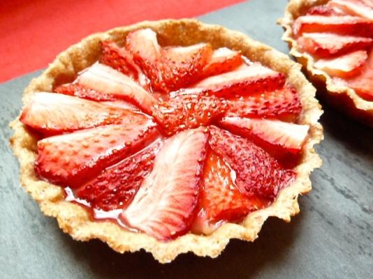 Tartelettes aux fraises et crème vanille - C'Végétal