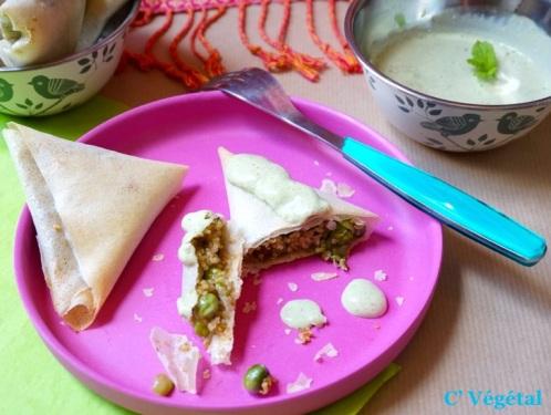 Bricks aux asperges, pois et quinoa et sauce verte indienne menthe-coriandre - C'Végétal
