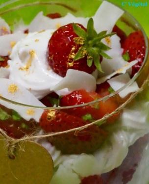 L''irrésistible coupe fraise et coco aux deux menthes - C'Végétal