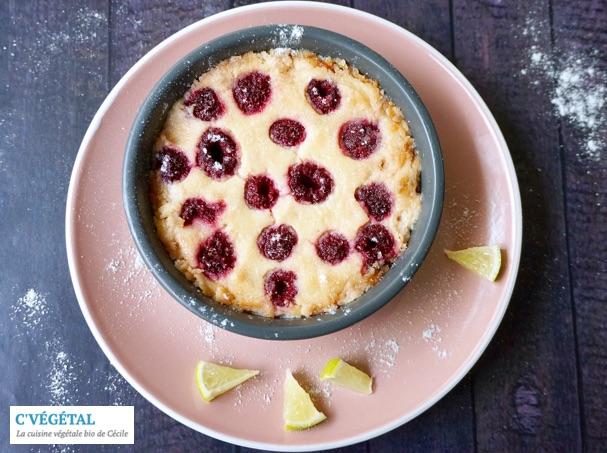 Crèmes cuites au citron vert et framboises // Baked lime custards with raspberries - C'Végétal