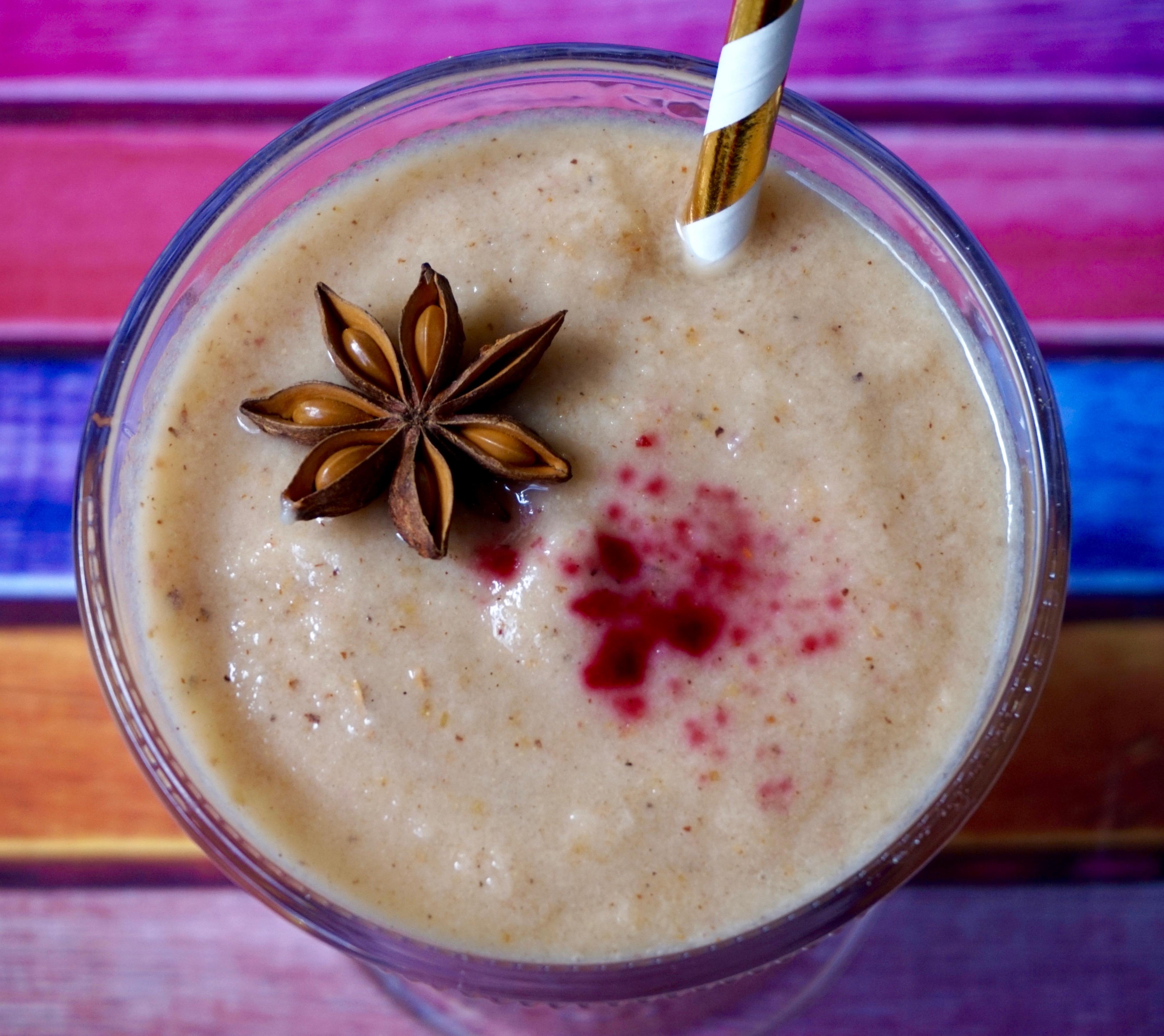 Smoothie pomme, poire et fleur de badiane // Apple, pear and star anise smoothie   C'Végétal