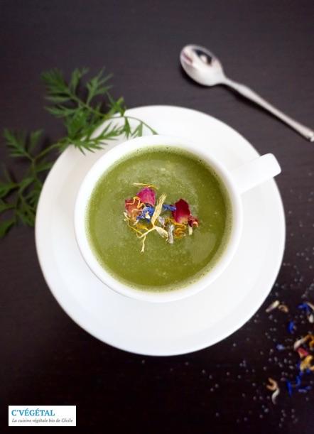 Soupe de panais et fanes de carottes : Parsnip and carrot tops soup - C'Végétal