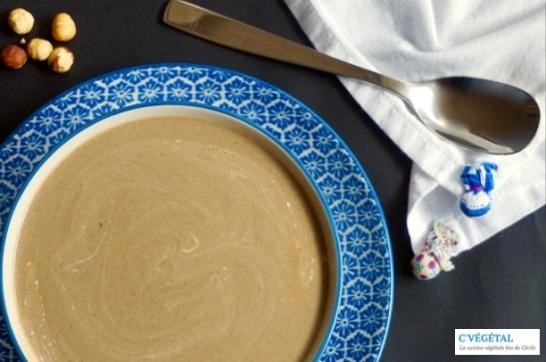 Velouté crémeux de cèpes aux noisettes :: Porcini mushroom and hazelnuts cream soup - C'Végétal