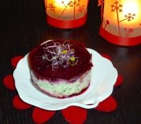 Timbale de carpaccio de betteraves et mousse de kale