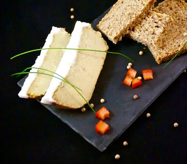 Mousse végane façon foie de canard à l'Armagnac : bluffante !